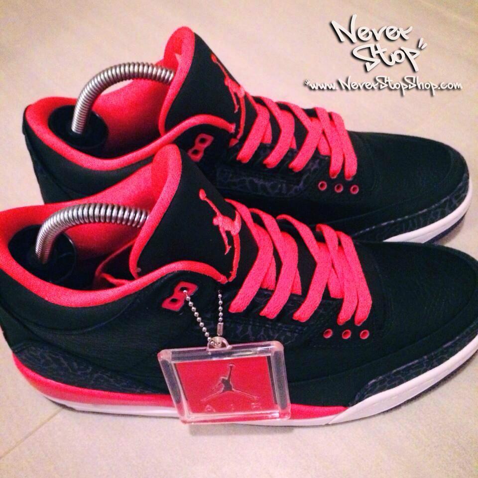 Cây giữ form giày sneakers, shoe tree nhựa cao cấp, cách chống nhăn gãy mũi giày sneakers